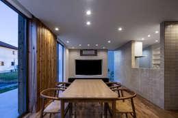 松岡淳建築設計事務所의  다이닝 룸