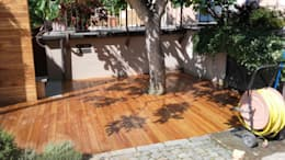Decking TEAK BRASILIANO: Pavimento in stile  di ONLYWOOD
