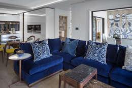 Traditional Lounge:   by Deborah Garth Interior Design