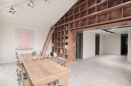 제미재 단독주택레노베이션 (실내 2층): 디자인스튜디오참의  거실