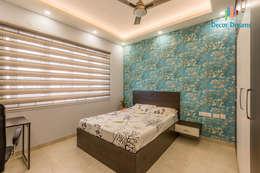 Vaishnavi Terraces, 3 BHK - Ms. Supriya: modern Bedroom by DECOR DREAMS
