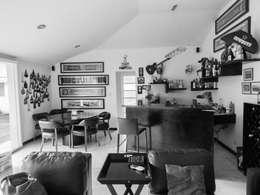 Remodelación de bar:  de estilo  por Mono Studio