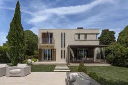 Casas unifamiliares de estilo  por GIAN MARCO CANNAVICCI ARCHITETTO