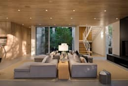 KSG HOME STUDIO: Salas de estilo moderno por Hernandez Silva Arquitectos