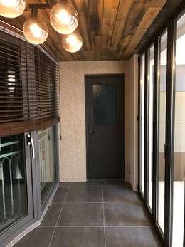대림골든빌 49평: 디자인K하우징의  베란다