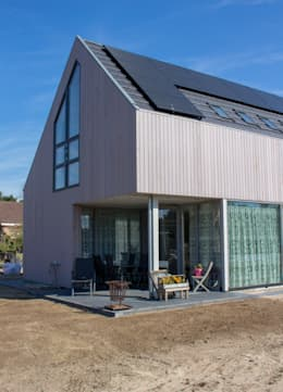 Moderne duinwoning in Castricum: moderne Huizen door Nico Dekker Ontwerp & Bouwkunde