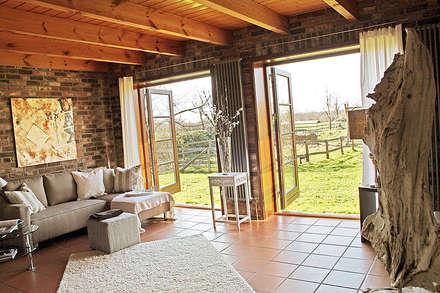 home staging landhaus3 landhausstil wohnzimmer von wohnhelden home staging - Landhausstil Wohnzimmer