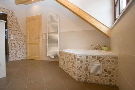 mediterrane badezimmer einrichtungsideen und bilder homify. Black Bedroom Furniture Sets. Home Design Ideas