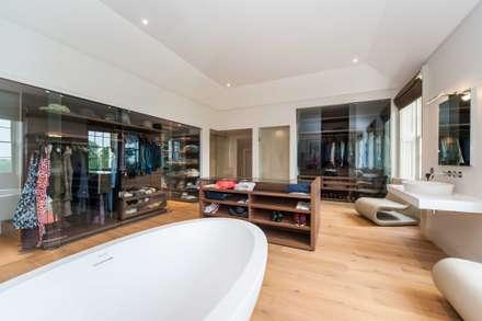 Clear Sliding Frameless Glass Doors : minimalistic Dressing room by Go Glass Ltd
