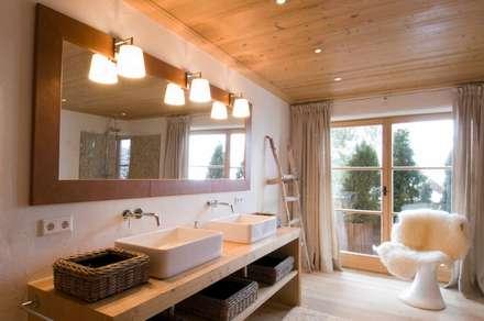 badezimmer ideen einrichtung & bilder im landhausstil | homify - Badezimmer Landhausstil