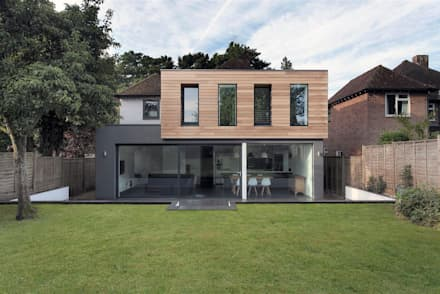 AR Design Studio- The Medic's House: modern Houses by AR Design Studio
