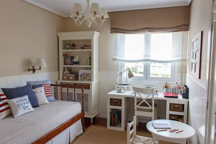 classic Nursery/kid's room by Dec&You