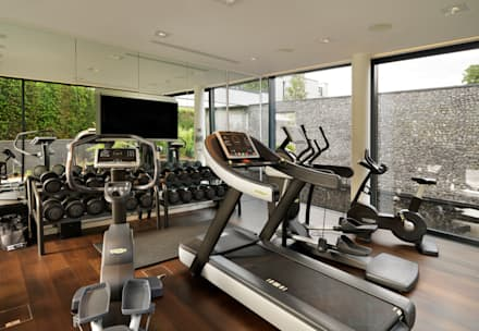 Berkshire: modern Gym by Gregory Phillips Architects