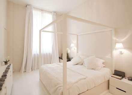 Appartement Luxembourg. Chambre: Chambre de style de style Moderne par FELD Architecture