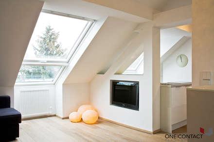 KLEIN UND FEIN: Wohnzimmer Von ONE!CONTACT   Planungsbüro GmbH