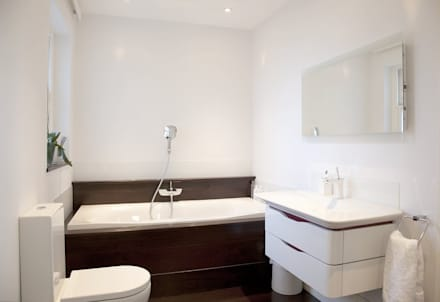 Historic House, Notting Hill, London: classic Bathroom by 4D Studio Architects and Interior Designers