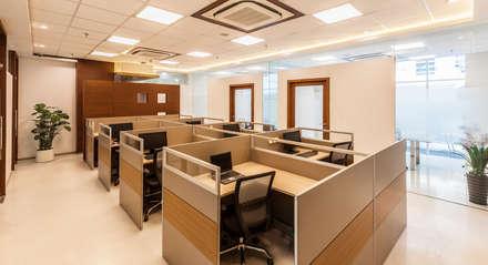Marvel Office: classic Study/office by Kumar Moorthy & Associates