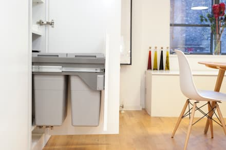 Clerkenwell WC1: Minimal Professional Home: classic Kitchen by Increation