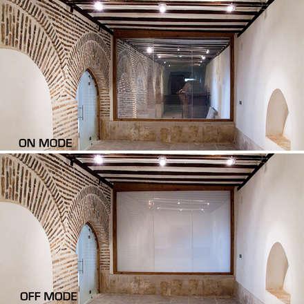 """Museo etnográfico """"Casa de la Tercia"""" en Madrid: Museos de estilo  de Vidrios de privacidad"""