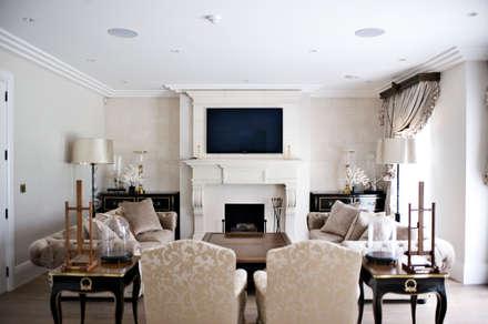 Lakeview cinema: modern Media room by London Residential AV Solutions Ltd