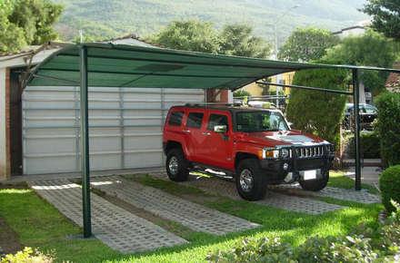 Modelo Arco: Garajes de estilo moderno por Velarium Shadeports