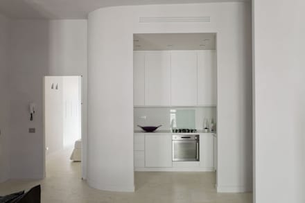 HOUSE FOR HOLIDAYS: Cucina in stile in stile Minimalista di PAOLO FRELLO & PARTNERS