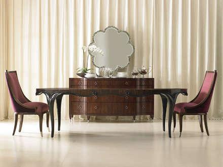 Caracole Interiors: koloniale Wohnzimmer von Sweets & Spices Dekoration und Möbel