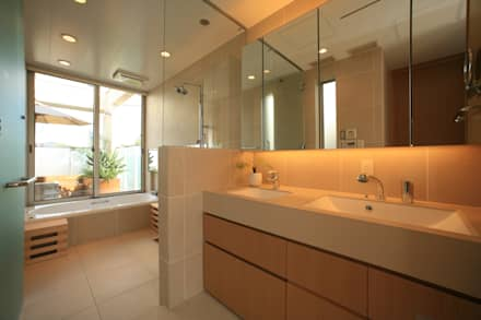 大人のリゾートバスルーム: TERAJIMA ARCHITECTSが手掛けた浴室です。