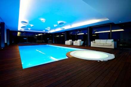 minimalistic Pool by Risco Singular - Arquitectura Lda