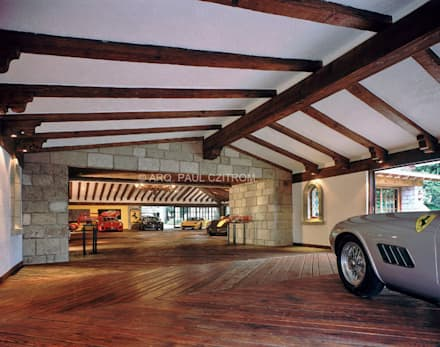 classic Garage/shed by JR Arquitectos