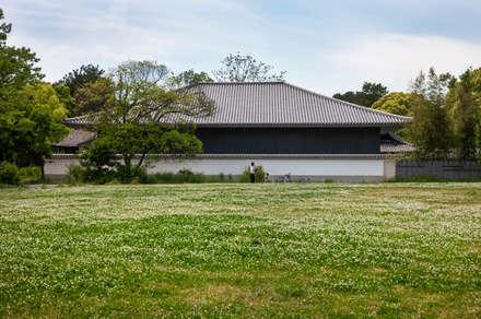 Museos de estilo  por 株式会社古田建築設計事務所