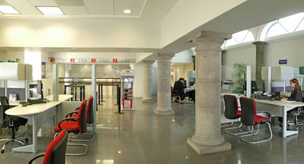 Edificios de oficinas de estilo  por Mezzanine Arquitectura