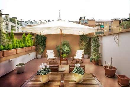 Terrazzo: Case in stile in stile Minimalista di Graphite