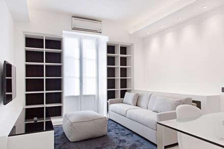 #1 Dream Apartment #Milano: Soggiorno in stile in stile Moderno di Arch. Andrea Pella