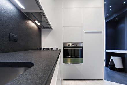 #1 Dream Apartment #Milano: Cucina in stile in stile Moderno di Arch. Andrea Pella