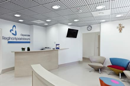 Regina Apostolorum: Ospedali in stile  di Studio Cappellanti