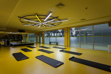 modern Gym by CO Mimarlık Dekorasyon İnşaat ve Dış Tic. Ltd. Şti.