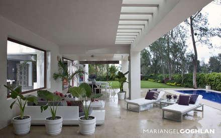 Teras by MARIANGEL COGHLAN
