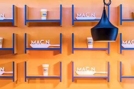 이태원 MAC. N CHEESE: 고공디자인의  다이닝 룸