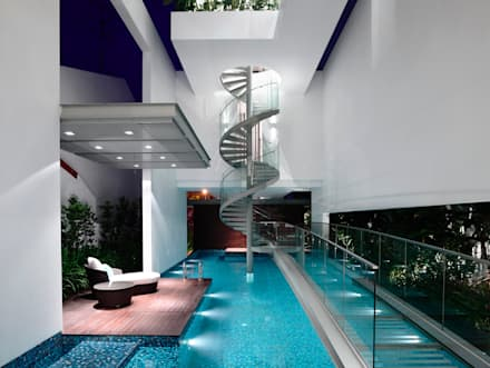Bridge Over Water: modern Pool by HYLA Architects