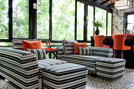 International Prop Award Winner-Best Interior Design Singapore 2013: colonial Living room by Design Intervention