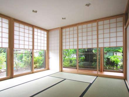 Cửa sổ by ユミラ建築設計室