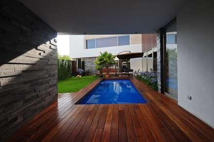 Kolam Renang by ze|arquitectura