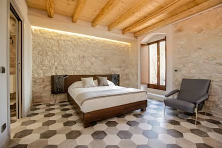country Bedroom by Viviana Pitrolo architetto