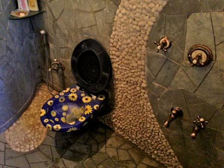 Residence at Mahim: eclectic Bathroom by Design Kkarma (India)