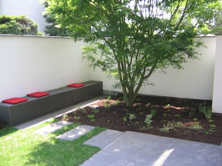 Sitzecke Im Südhof: Moderner Garten Von Katrin Lesser