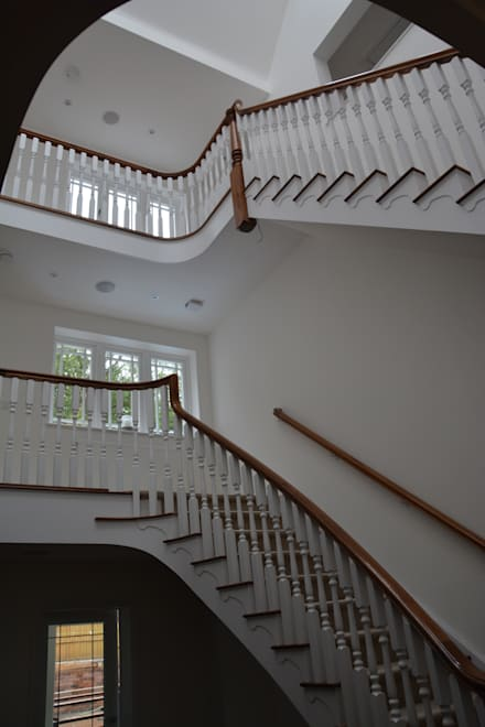 3 Stories of craftmanship:  Corridor & hallway by Sovereign Stairs