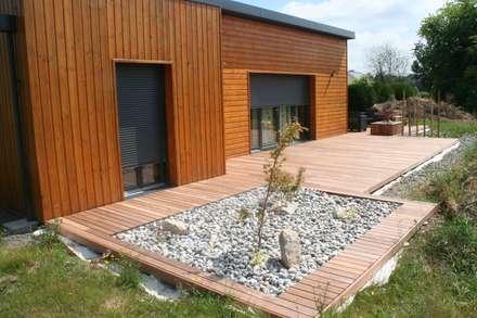 Aménagement terrasse esprit Zen: Jardin de style de style Asiatique par EURL OLIVIER DUBOIS