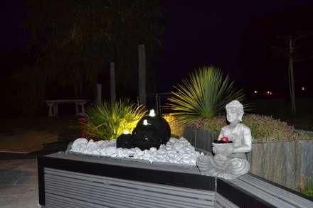 Jardin images id es et d coration homify for Decoration exterieure fontaine terrasse