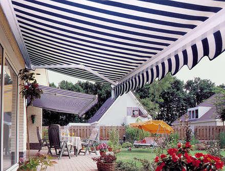 Fotos: Jardines de estilo clásico de TOLDOS CLOT, S.L.